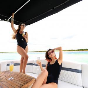 cozumel-island%2c-private-boats%2c-yachts%2c-catamarans%2c-private-boat-rentals%2c-deluxe-private-boats%2c-el-cielo-6.jpg